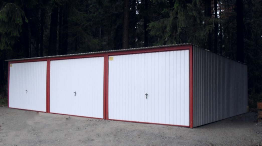Mobilgarázs 9x5 hátrafele dőlő tető szín RAL 9010