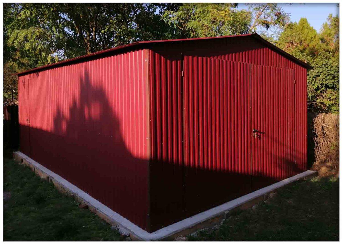 Mobilgarázs 4x5m méretben kétszárnyú kapuval, RAL 3011