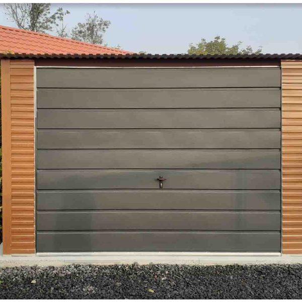 Mobilgarázs 3,5x5m aranytölgy színben, grafit színű kapuval